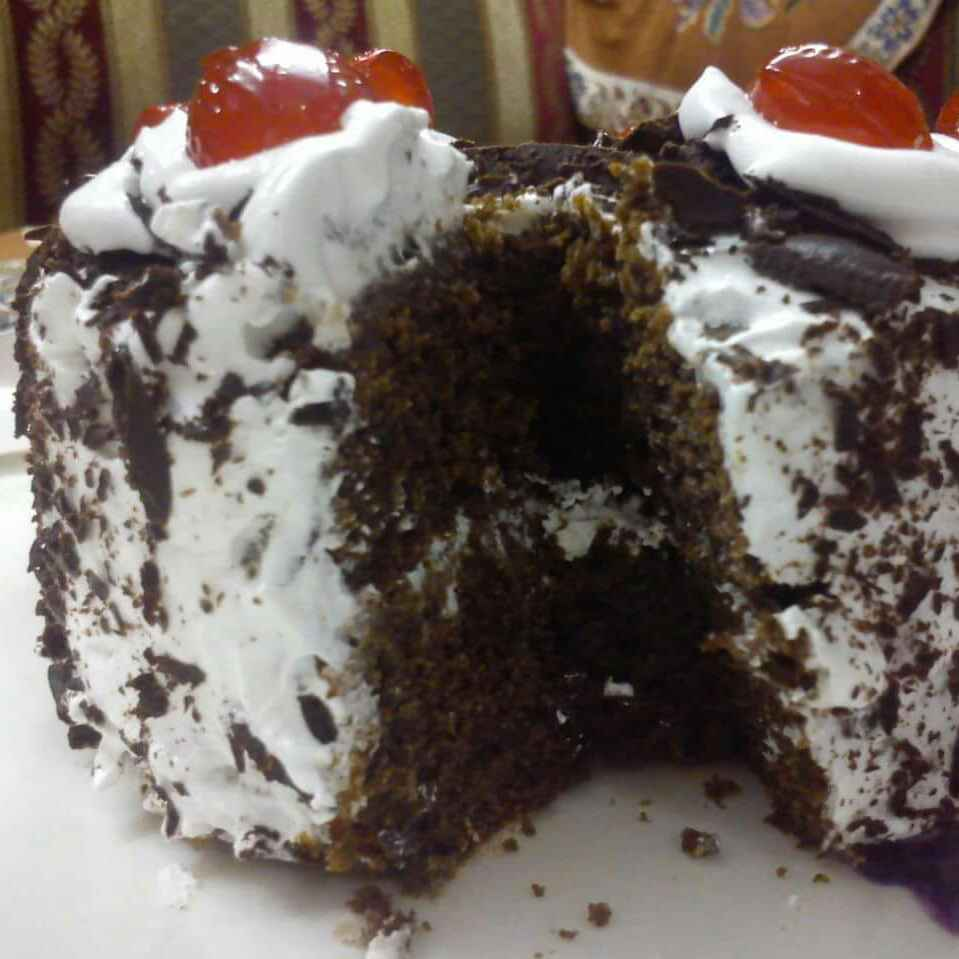 How to make एग्गलेस ब्लैक फॉरेस्ट केक