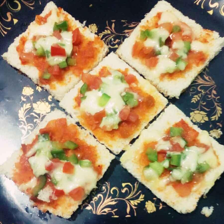 How to make Mini Bread pizza