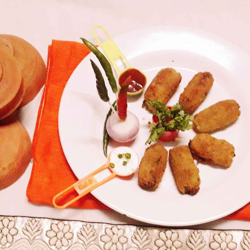Photo of Vej potato cheese pokora by Bani Naskar at BetterButter