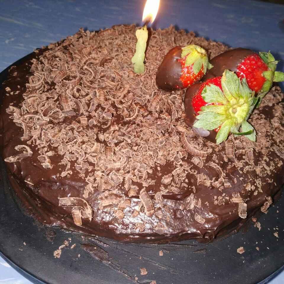 Photo of Chocolat cake with chocolat ganashe by Bansi chavda at BetterButter