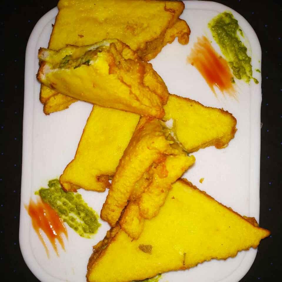 Photo of Bread pakoda by Bansi chavda at BetterButter
