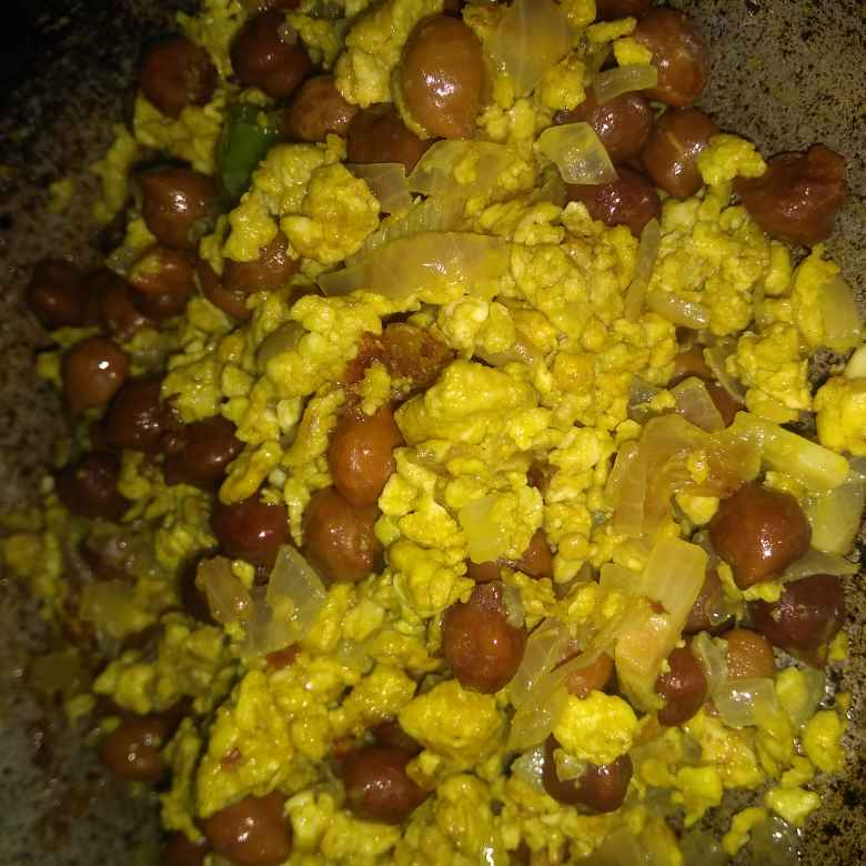 Photo of Egg Channa Scramble by Banupriya Jawahar at BetterButter