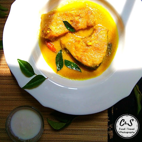 How to make Doi Mach (Fish In Creamy Yogurt Gravy)