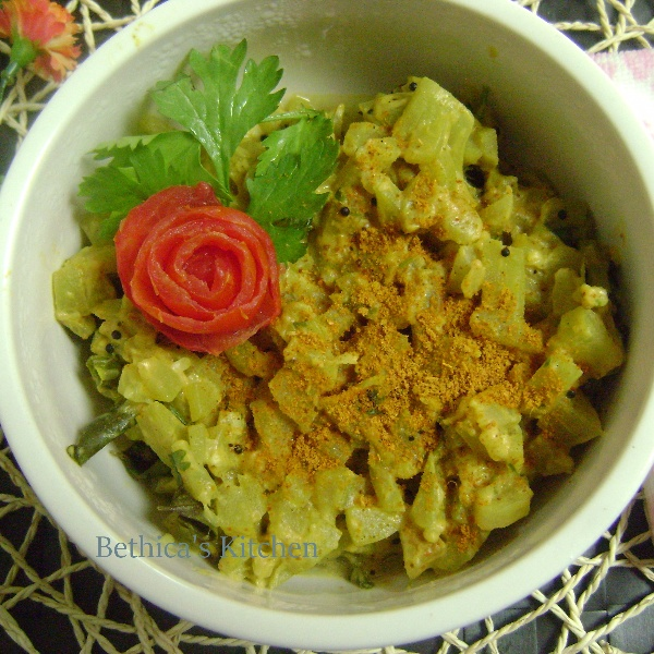 How to make Bottle Gourd Curry in Milk