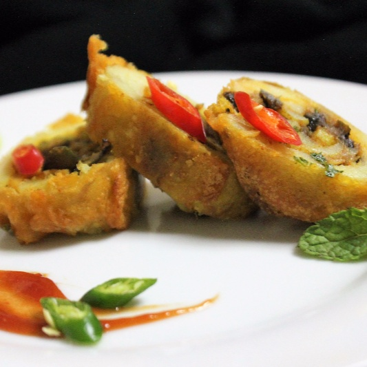 Photo of Batter Fried Stuffed Potato by Bethica Das at BetterButter