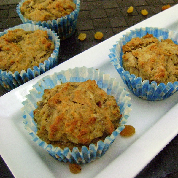 How to make Eggless Banana & Raisins Muffins