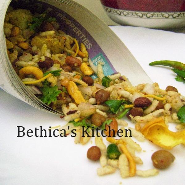 How to make Jhaal Muri (Spicy Puffed Rice - Kolkata Street Food)