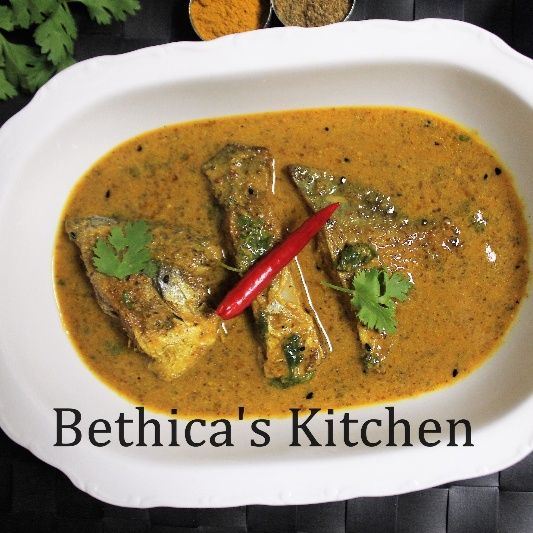 How to make Shorshe Pomfret (Pomfret Fish in Mustard Gravy - Bengali style)