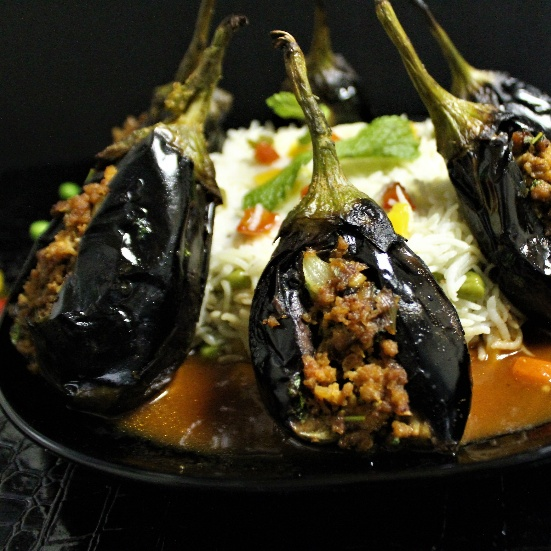 How to make Sheikh Al Mahshi  (Stuffed Eggplants - Lebanese Style with Indian Flavour)
