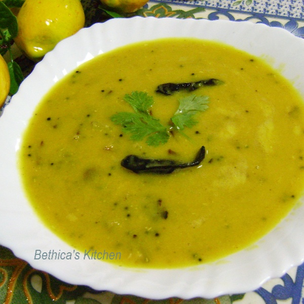 How to make Aam diye Tok Dal (Masoor Dal / Red Lentils cooked with Raw Mango - Bengali Style)