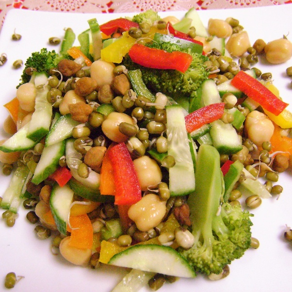 Photo of Sprouts, Kabuli Chana & Veggie Salad by Bethica Das at BetterButter