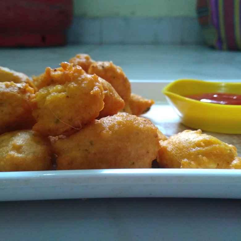Photo of Mung pakoda with souce by Bhagyashri Deshmukh at BetterButter