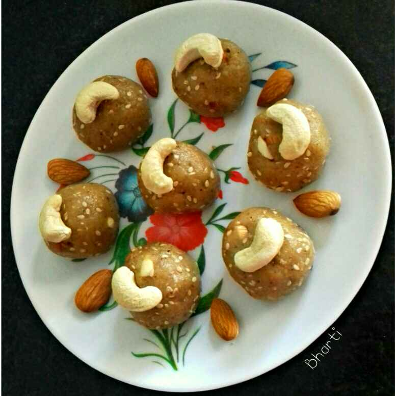 Photo of Leftover Roti Ladoo by Bharti Khatri at BetterButter