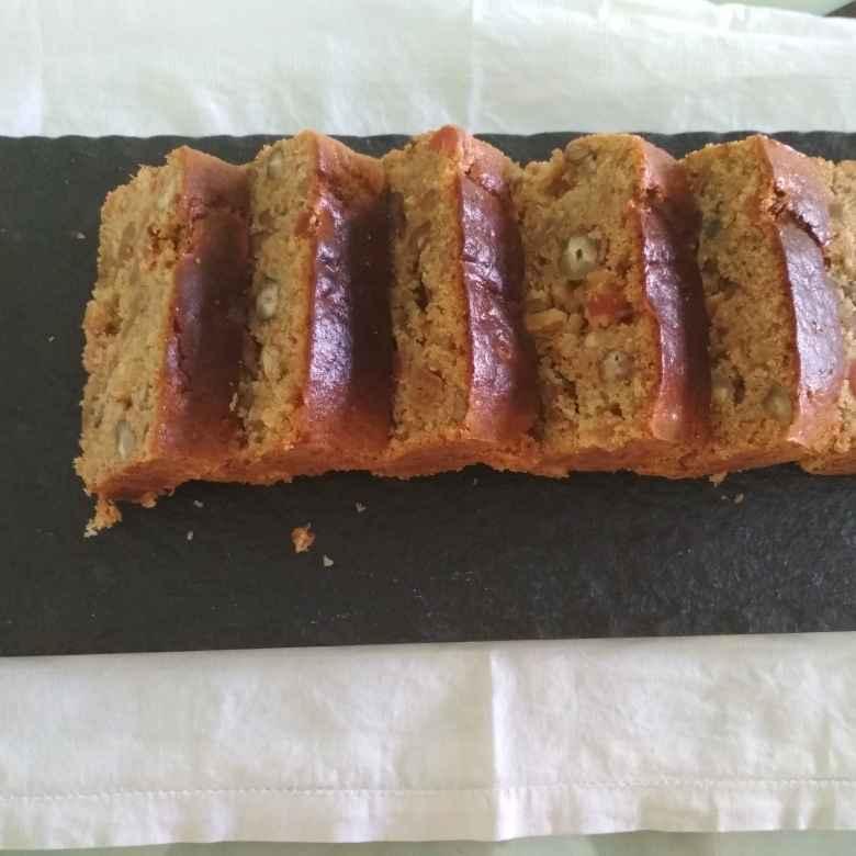 How to make खजूर-अखरोट का केक