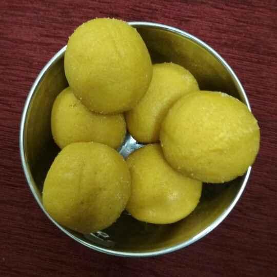 Photo of besan flour ladoo by Bhavani Murugan at BetterButter