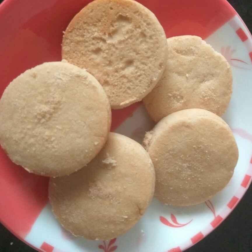 Photo of butter cookies by Bhavani Murugan at BetterButter