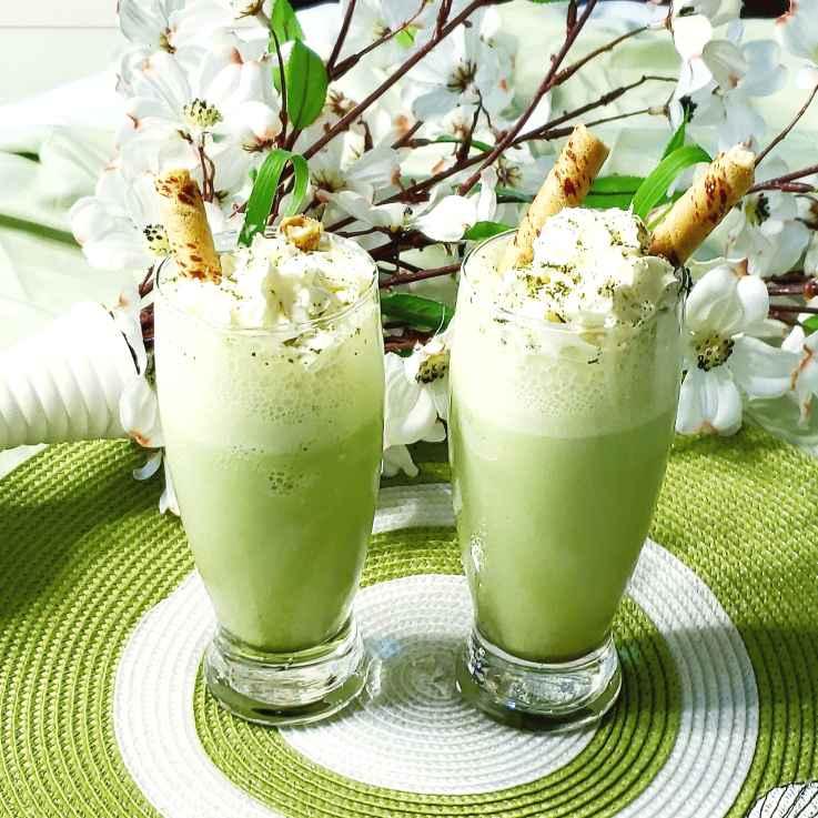 Photo of Matcha and lemon grass smoothie by Bhavisha Talati at BetterButter
