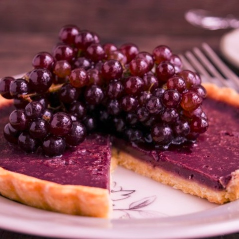 Photo of Red Wine Tarts with Champagne Grapes by Bhavita Singh at BetterButter