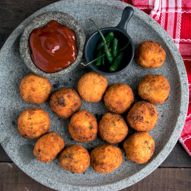 Photo of Cheesy Spaghetti Balls by Bhavita Singh at BetterButter