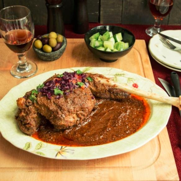 How to make Musallam Raan (Leg of Lamb/Goat)