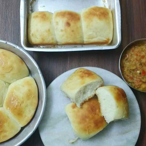 How to make Laadi Pav or Pav
