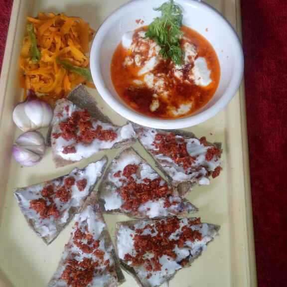 Photo of Thanda rotala with tikhari by Bhavna Nagadiya at BetterButter