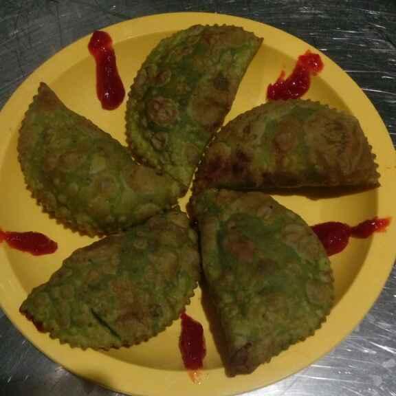 Photo of Won ton (chainis samosa) by Bhavna Nagadiya at BetterButter