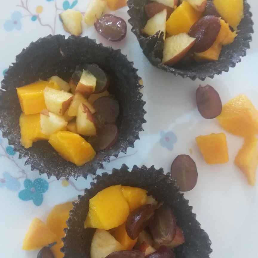 How to make chocolate fruits cup