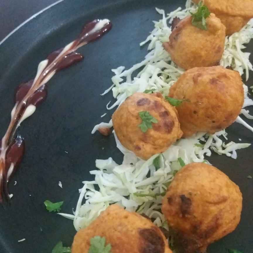 Photo of Batata vada (Rajkot street food ) by Bhumika Gandhi at BetterButter