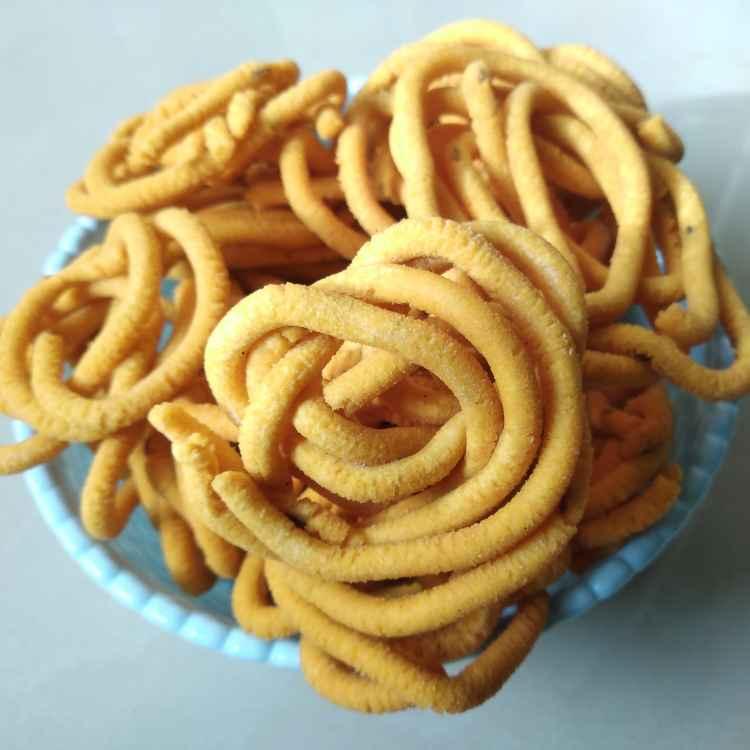 Photo of Besangram spicy muruku by Bhuvana Selvaraj at BetterButter