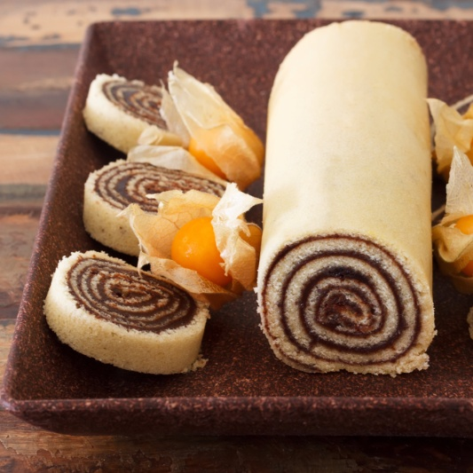 How to make Bolo de rolo- Brazilian roll Cake