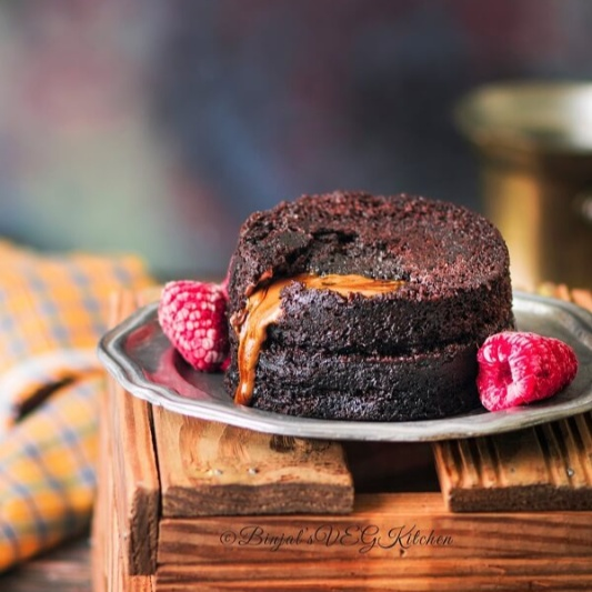 How to make Eggless Molten Lava Cake
