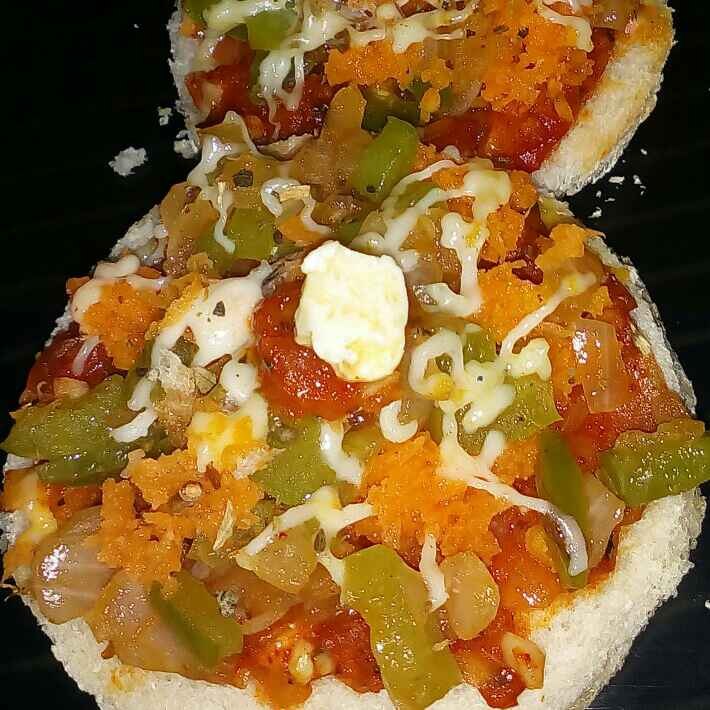 Photo of Bread pizza by Bishakha Lorha at BetterButter