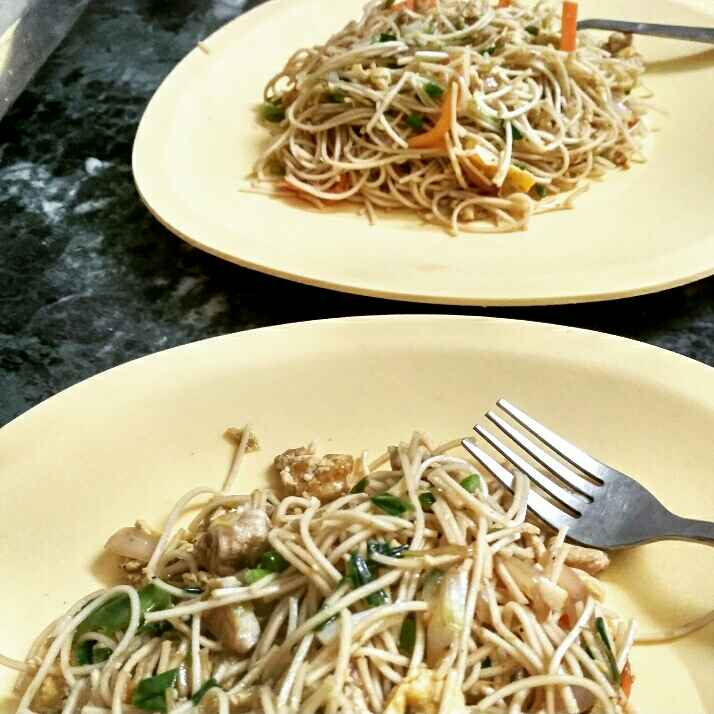 How to make Chicken Egg Noodles