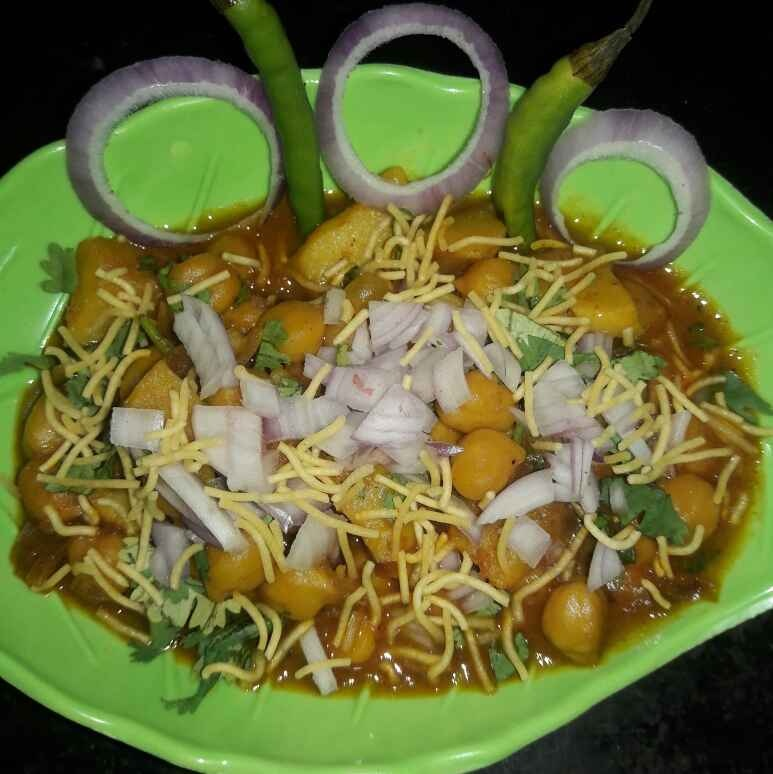 How to make Chatpata Ghoogni chaat