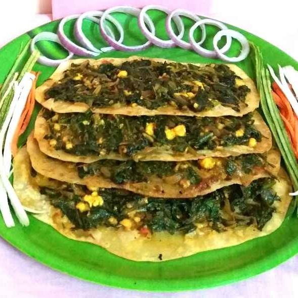 How to make Lahmacun with Palak paneer twist