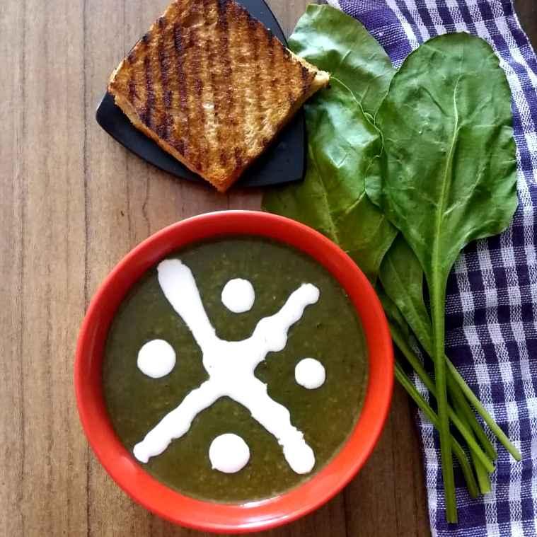 Photo of Spinach Dalia Soup.... by brishti ghosh at BetterButter