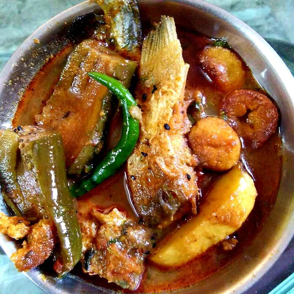 How to make Boyal fish curry with potato brinjal