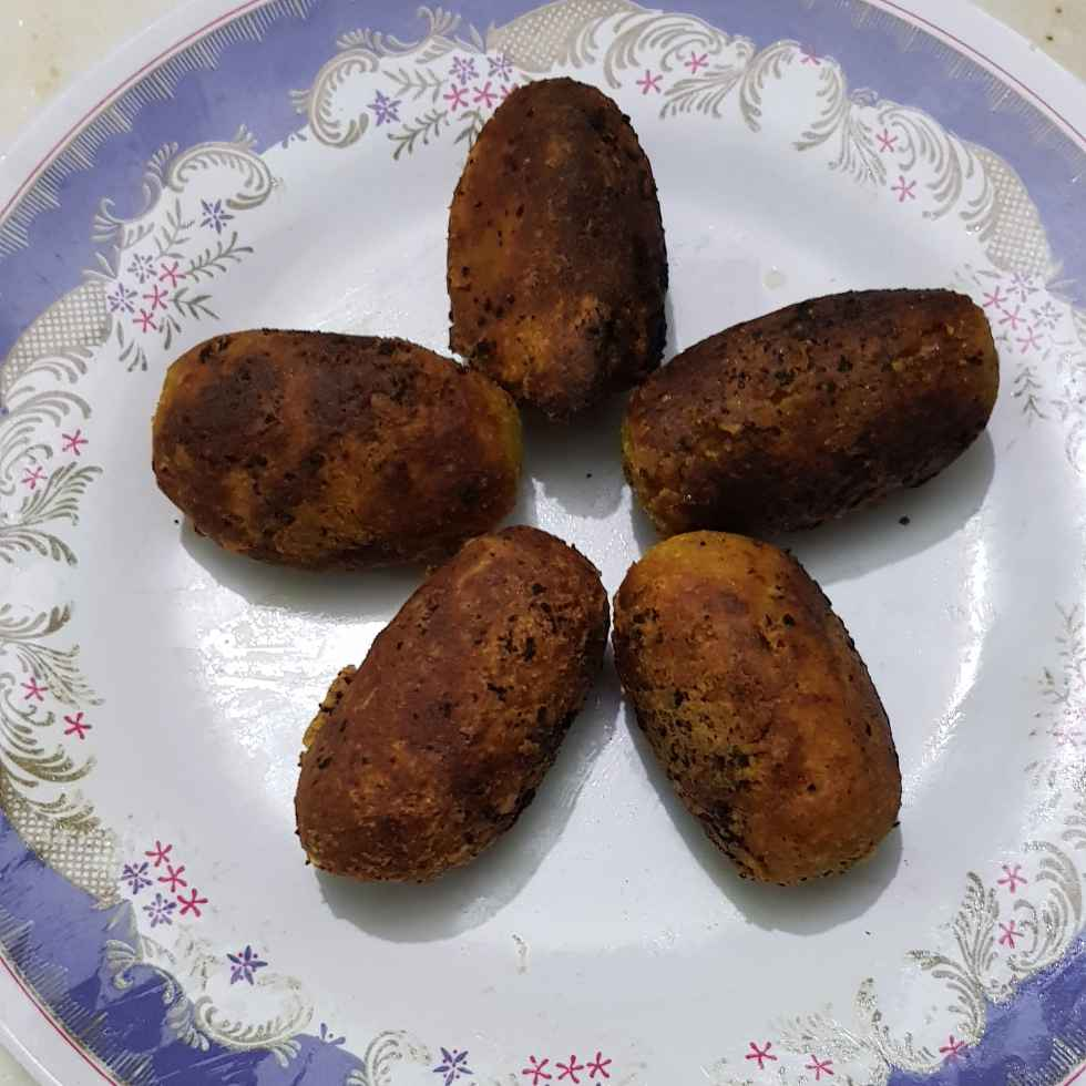 How to make ডিমের চপ
