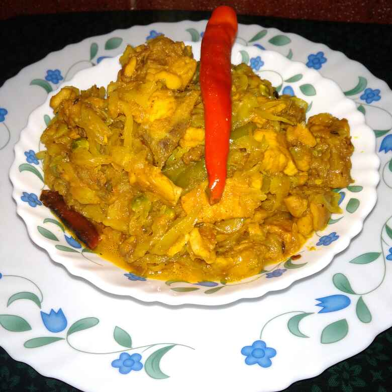 Photo of Cabbage chicken by Chandrima Das at BetterButter