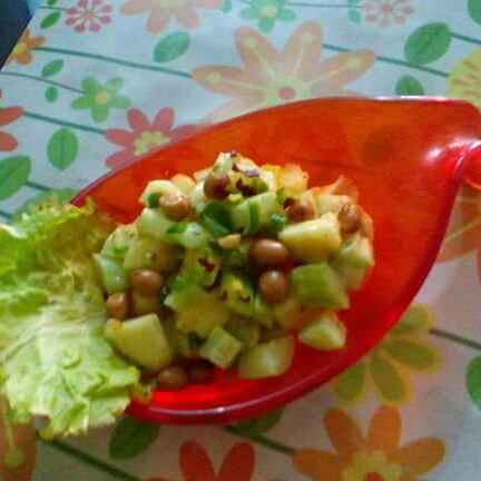 How to make Kakri  apple salad with peanuts
