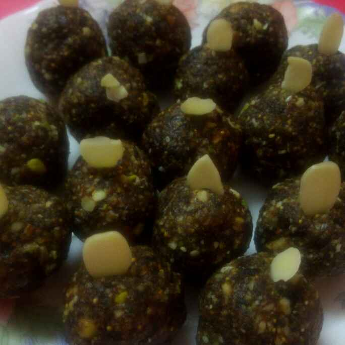 Photo of Khajuri dry fruit laddu by Chandu Pugalia at BetterButter