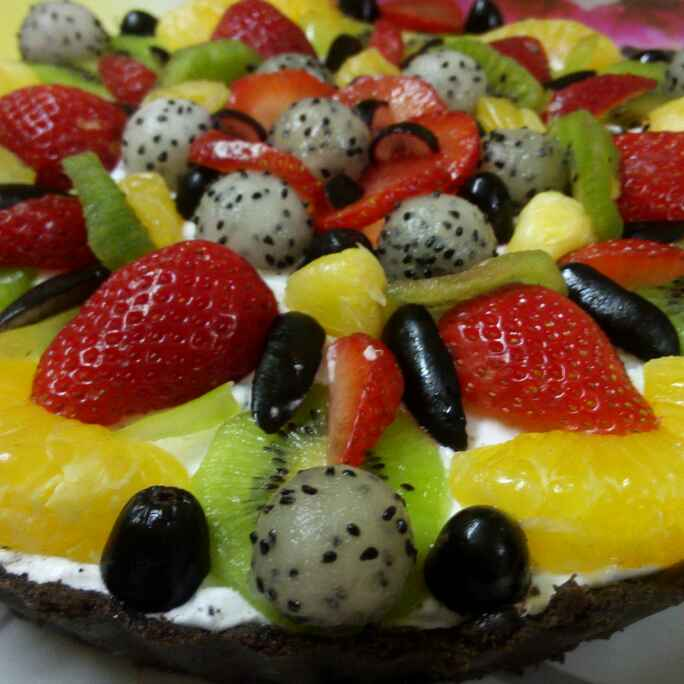 Photo of Oreo tart with dragon fruit creamy filling and fruits by Chandu Pugalia at BetterButter