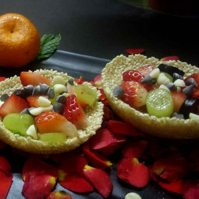 How to make Fruits in seasme cups