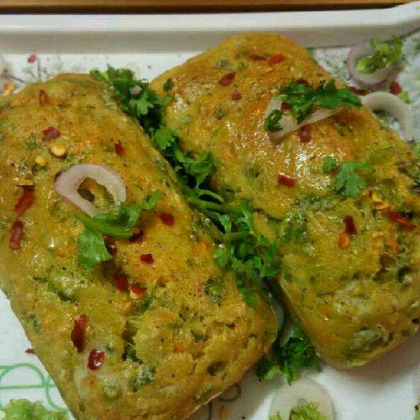 How to make Savoury semolina vegetable cakes