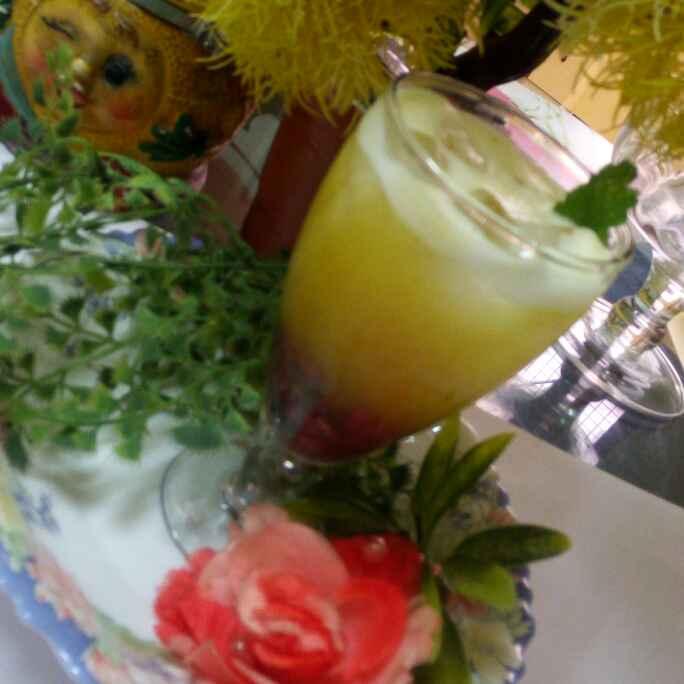 Photo of Pineapple and pomegranate minti juice by Chandu Pugalia at BetterButter