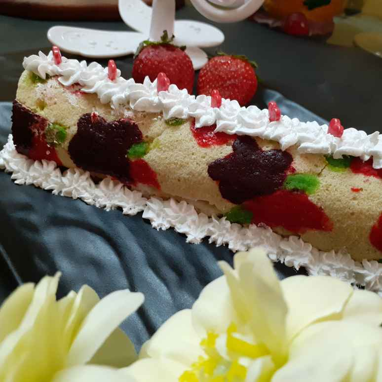 Photo of Designer cake roll by Chandu Pugalia at BetterButter