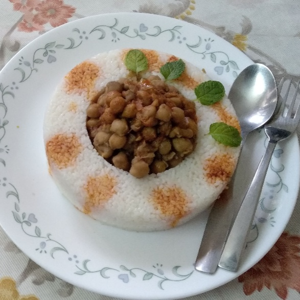 Photo of Spicy Chhole with Rice Pot by Charu Aggarwal at BetterButter