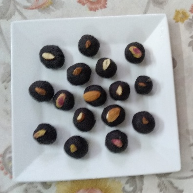 Photo of Homemade Chocolates by Charu Aggarwal at BetterButter