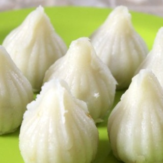 How to make Semolina or rava modak
